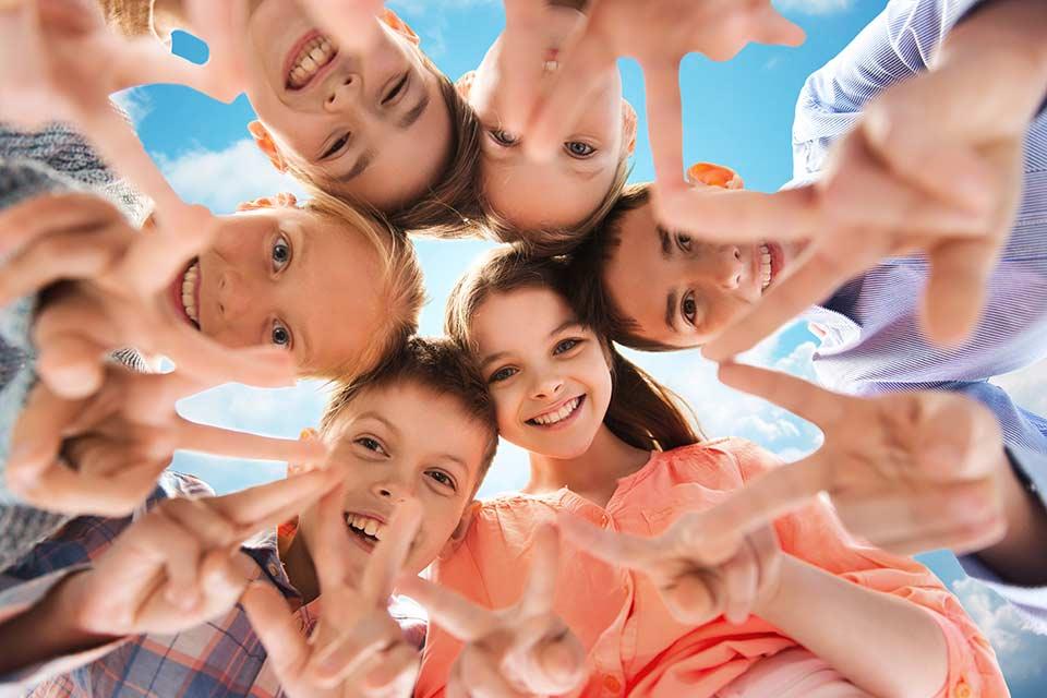 bigstock-childhood-fashion-friendship-125907023